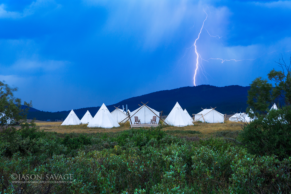 Yellowstone Glamping Lighting